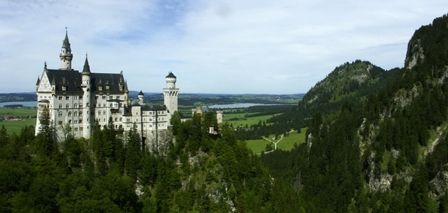 5 lovely castles from around the world