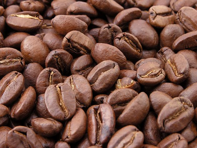 Roasted coffee seeds (beans)