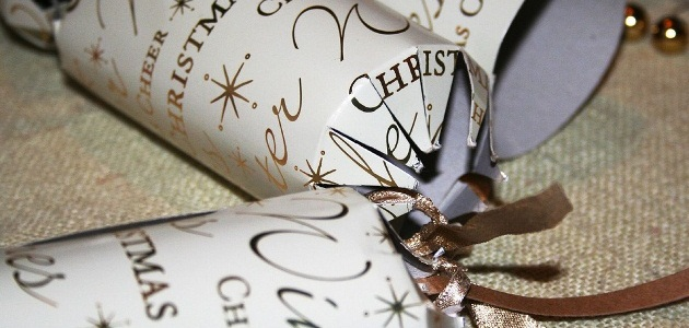 Crackers | 7 Christmas traditions