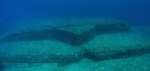 403 strange underwater things from around the world