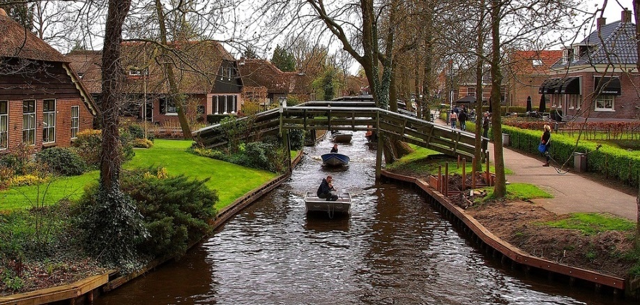 Giethoorn: Netherlands' Venice of the north