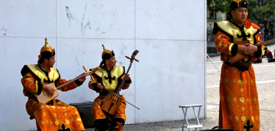 Throat singing: What it is and how to do it